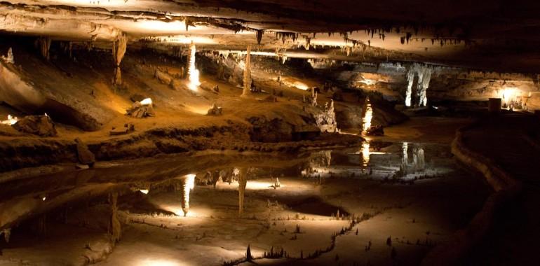Photo Friday: Marengo Cave